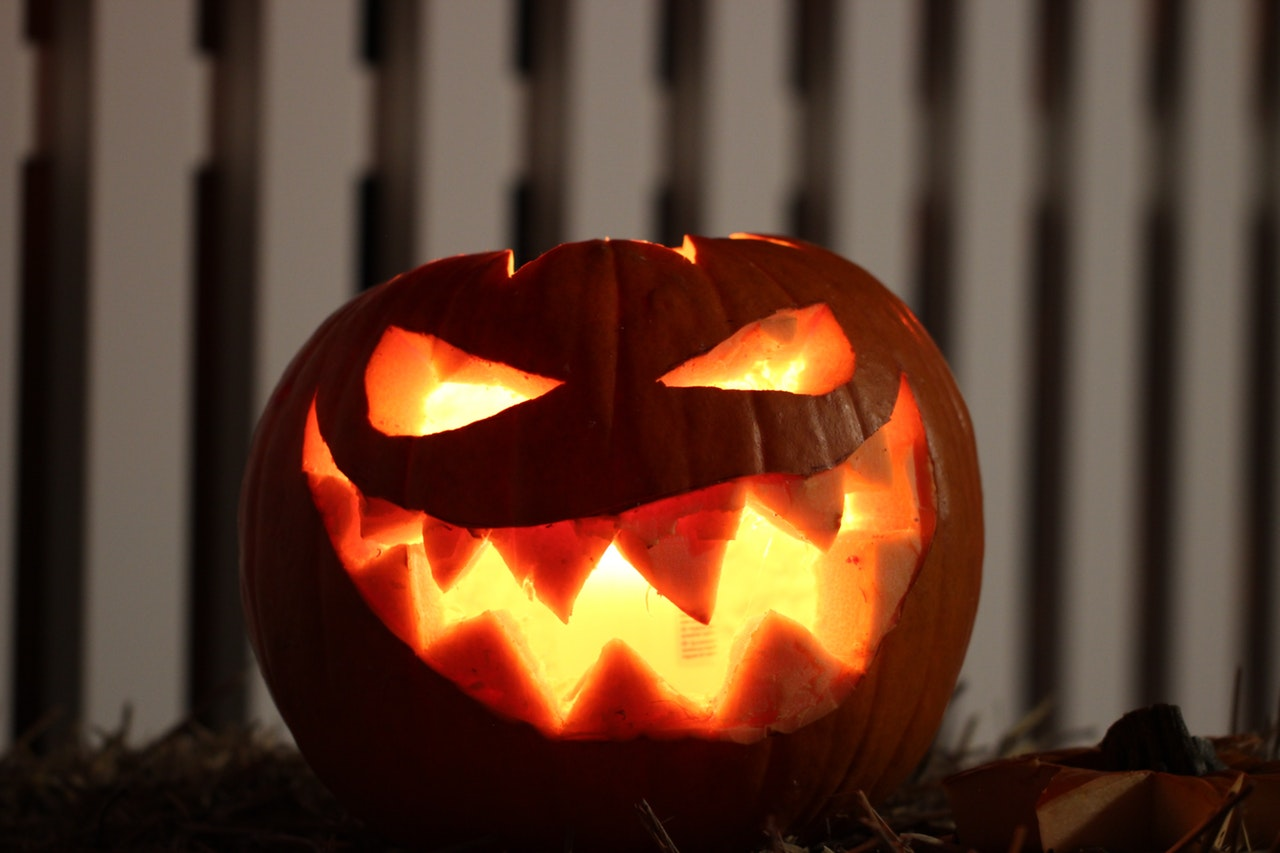 Halloween ideas and restaurant furniture this October