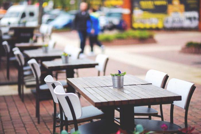 outdoor pub furniture